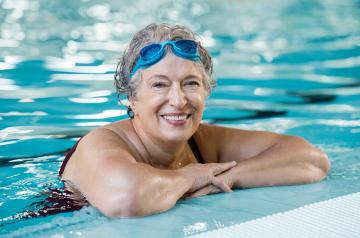 senior female swim